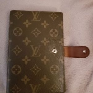 Louis Vuitton agenda it day planner authentic